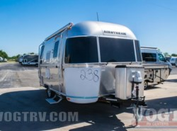 New 2017  Airstream International Signature 19 by Airstream from Vogt Family Fun Center  in Fort Worth, TX