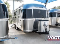 New 2018  Airstream Flying Cloud 23FB by Airstream from Vogt Family Fun Center  in Fort Worth, TX