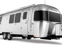 New 2018  Airstream Flying Cloud 28 Twin by Airstream from Vogt Family Fun Center  in Fort Worth, TX