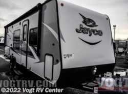 New 2017  Jayco Jay Feather 7 22BHM by Jayco from Vogt RV Center in Ft. Worth, TX