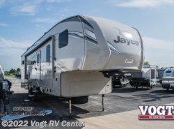 New 2018  Jayco Eagle HT Fifth Wheels 29.5BHOK by Jayco from Vogt RV Center in Ft. Worth, TX