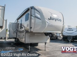 New 2018  Jayco Eagle HT Fifth Wheels 27.5RLTS by Jayco from Vogt RV Center in Ft. Worth, TX
