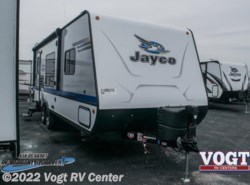 New 2018  Jayco Jay Feather 22RB by Jayco from Vogt RV Center in Ft. Worth, TX