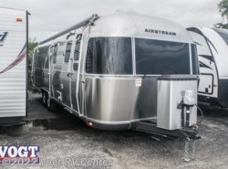 Used 2016  Airstream Classic 30 by Airstream from Vogt RV Center in Ft. Worth, TX