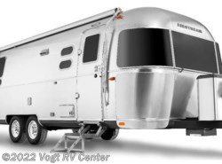 New 2018  Airstream International Signature 23FB by Airstream from Vogt RV Center in Ft. Worth, TX