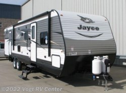 New 2018  Jayco Jay Flight 32BHDS by Jayco from Vogt RV Center in Ft. Worth, TX