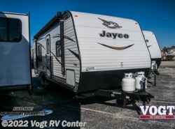 New 2018  Jayco Jay Flight SLX 8 232RB by Jayco from Vogt RV Center in Ft. Worth, TX