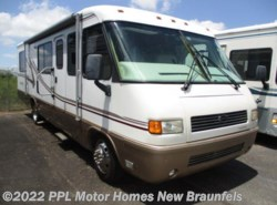 Used 2001  Airstream Land Yacht 30J by Airstream from PPL Motor Homes in New Braunfels, TX
