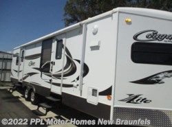 Used 2012 Keystone Cougar X-Lite 30FKV available in New Braunfels, Texas