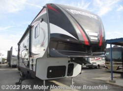 Used 2015  Forest River Vengeance Ss 312A by Forest River from PPL Motor Homes in New Braunfels, TX