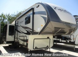 Used 2016  Forest River Cardinal 3250RL by Forest River from PPL Motor Homes in New Braunfels, TX