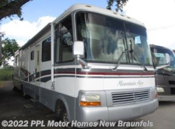 Used 1997  Newmar Mountain Aire 3780 by Newmar from PPL Motor Homes in New Braunfels, TX