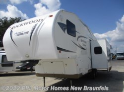 Used 2011  Rockwood  Signature Ultra Lite 8280WS by Rockwood from PPL Motor Homes in New Braunfels, TX