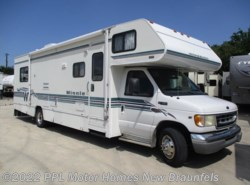 Used 2001  Winnebago Minnie Winnie 31C by Winnebago from PPL Motor Homes in New Braunfels, TX