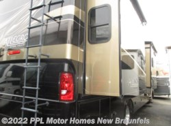 Used 2012 Tiffin Allegro 34TGA available in New Braunfels, Texas