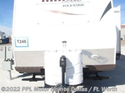 Used 2014  Rockwood  Mini Lite 2104S by Rockwood from PPL Motor Homes in Cleburne, TX