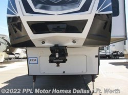 Used 2015  Dutchmen Voltage 3990 by Dutchmen from PPL Motor Homes in Cleburne, TX