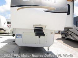 Used 2009  Keystone Montana 365SAS by Keystone from PPL Motor Homes in Cleburne, TX