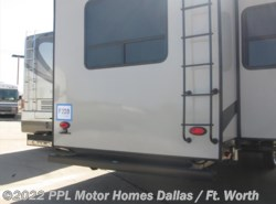 Used 2016  Forest River Sandpiper 371Rebh 371REBH by Forest River from PPL Motor Homes in Cleburne, TX