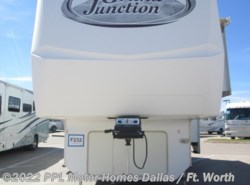 Used 2006  Dutchmen Grand Junction 31TKS by Dutchmen from PPL Motor Homes in Cleburne, TX