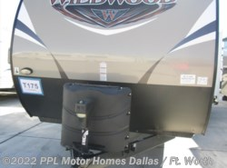 Used 2016  Forest River Wildwood 27RKSS by Forest River from PPL Motor Homes in Cleburne, TX