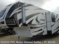 Used 2014 Dutchmen Voltage 3895 available in Cleburne, Texas