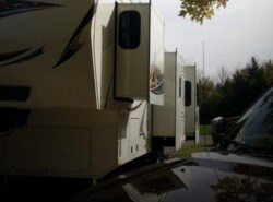 Used 2012  Keystone Avalanche 330 RE by Keystone from POP RVs in Roanoke, IN