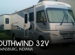 Used 2004  Fleetwood Southwind 32V by Fleetwood from POP RVs in Brownsburg, IN