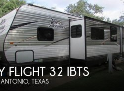 Used 2016  Jayco Jay Flight 32 IBTS by Jayco from POP RVs in Sarasota, FL