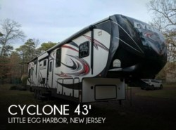Used 2014  Heartland RV Cyclone CY 4100 KING