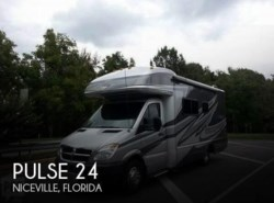 Used 2010 Fleetwood Pulse 24 available in Sarasota, Florida