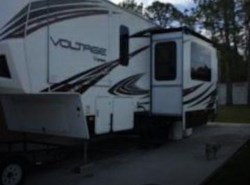 Used 2014  Dutchmen Voltage V3105 by Dutchmen from POP RVs in Sarasota, FL