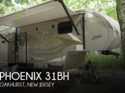 Used 2016 Shasta Phoenix 31BH available in Sarasota, Florida