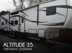 Used 2016  CrossRoads Altitude 35 by CrossRoads from POP RVs in Sarasota, FL