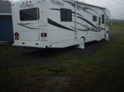 Used 2011  Thor Motor Coach Freedom Elite 31R by Thor Motor Coach from POP RVs in Sarasota, FL