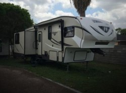 Used 2015  Keystone Hideout 31 by Keystone from POP RVs in Sarasota, FL