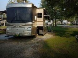 Used 2005  Winnebago Vectra 40 by Winnebago from POP RVs in Sarasota, FL