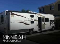 Used 2015  Winnebago Minnie 31H by Winnebago from POP RVs in Sarasota, FL