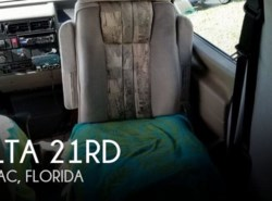 Used 1995 Winnebago Rialta 21RD available in Tamarac, Florida