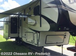 New 2018  Prime Time Crusader 319RKT by Prime Time from Chesaco RV in Frederick, MD