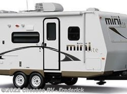 Used 2013  Forest River Rockwood Mini Lite 2109S by Forest River from Chesaco RV in Frederick, MD