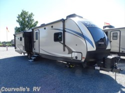 New 2018  CrossRoads Sunset Trail Grand Reserve SS33SI by CrossRoads from Courvelle's RV in Opelousas, LA