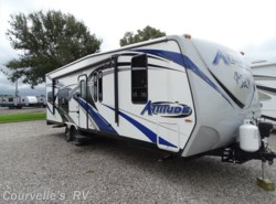 Used 2016  Eclipse Attitude 28iBG by Eclipse from Courvelle's RV in Opelousas, LA