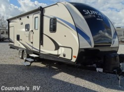 Used 2017  CrossRoads Sunset Trail Super Lite ST254RB by CrossRoads from Courvelle's RV in Opelousas, LA