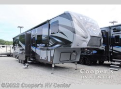 New 2017  Keystone Fuzion 423 Chrome by Keystone from Cooper's RV Center in Apollo, PA