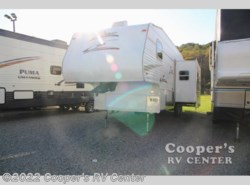 Used 2007  CrossRoads Zinger 300QB by CrossRoads from Cooper's RV Center in Apollo, PA