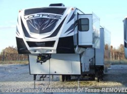 Used 2016 Dutchmen Voltage 3970 available in Krum, Texas