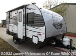 Used 2016  Palomino  2016 Puma 18ft Super Lite 3000LBS by Palomino from Luxury Motorhomes Of Texas in Krum, TX