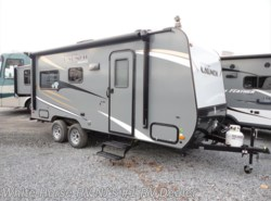 New 2017  Starcraft Launch 19BHS Mini Front Bunks Rear Queen Slideout by Starcraft from White Horse RV Center in Williamstown, NJ