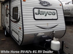 Used 2015  Jayco Jay Flight Swift SLX 185RB Rear Bath by Jayco from White Horse RV Center in Williamstown, NJ